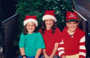 1995-3-kids-at-christmas