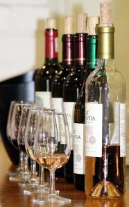wine-tasting-1376267_640